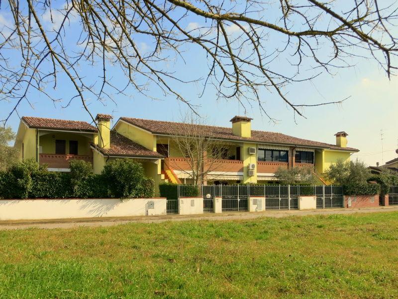 Ferienhaus Villa Fiori D9