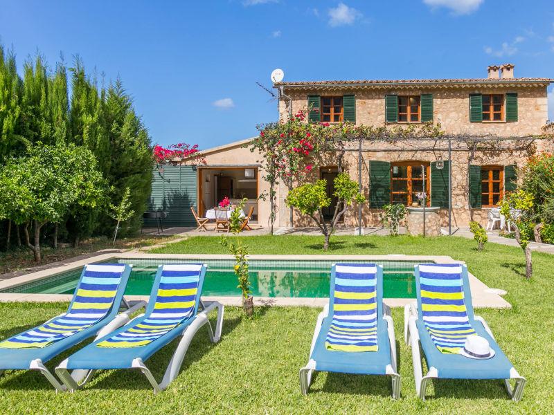 Schöne mallorquinische Villa mit Pool in Soller