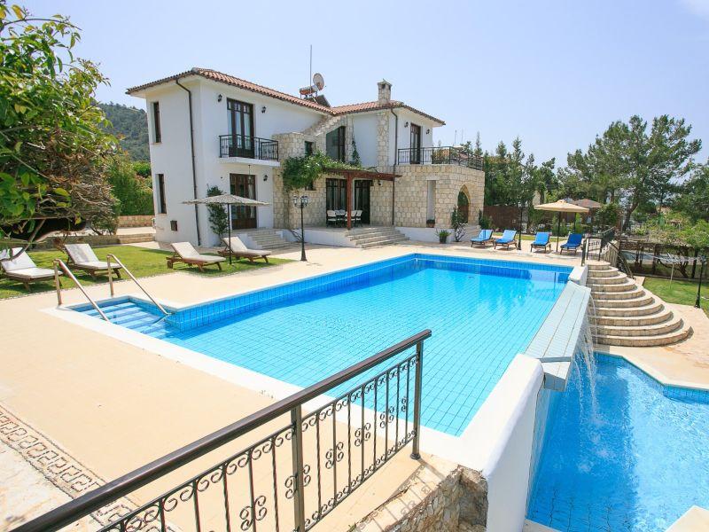 Villa Ariadne