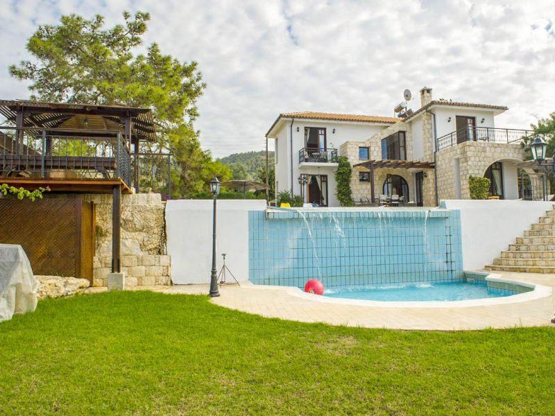 Villa Minoas