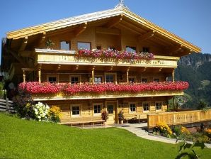 Berghütte Stallnhof - Gruppenunterkunft Skihütte