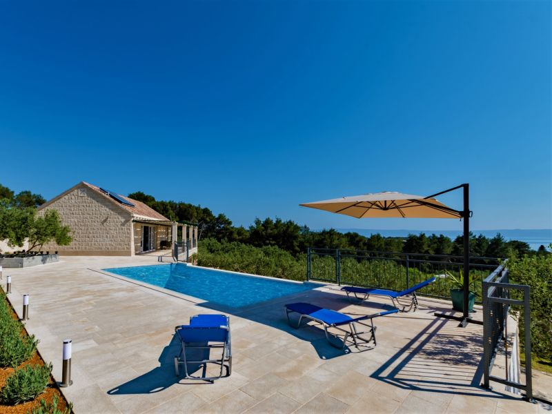 Ferienhaus Villa Michelle mit Pool und Meerblick
