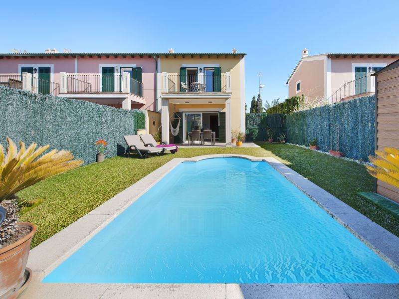 Villa Syrah