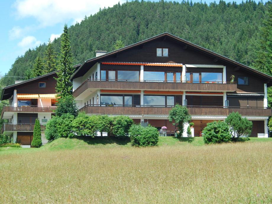 Sommeransicht Berghaus Tirol