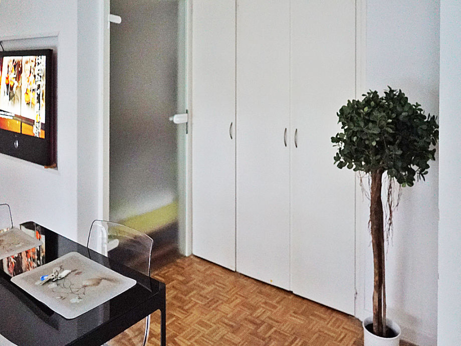ferienwohnung am f hr anleger deutschland hamburg frau sabine ferri. Black Bedroom Furniture Sets. Home Design Ideas