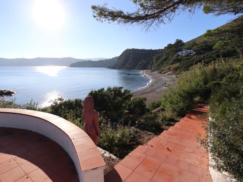 Luxuriöse Villa Frontemare mit Strandzugang