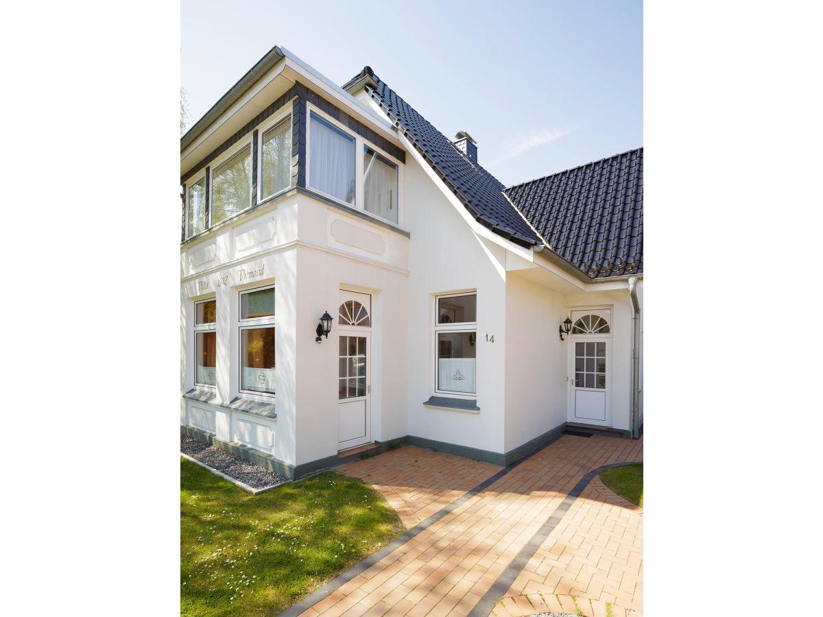 ferienwohnung terrasse in der villa virmond timmendorfer. Black Bedroom Furniture Sets. Home Design Ideas