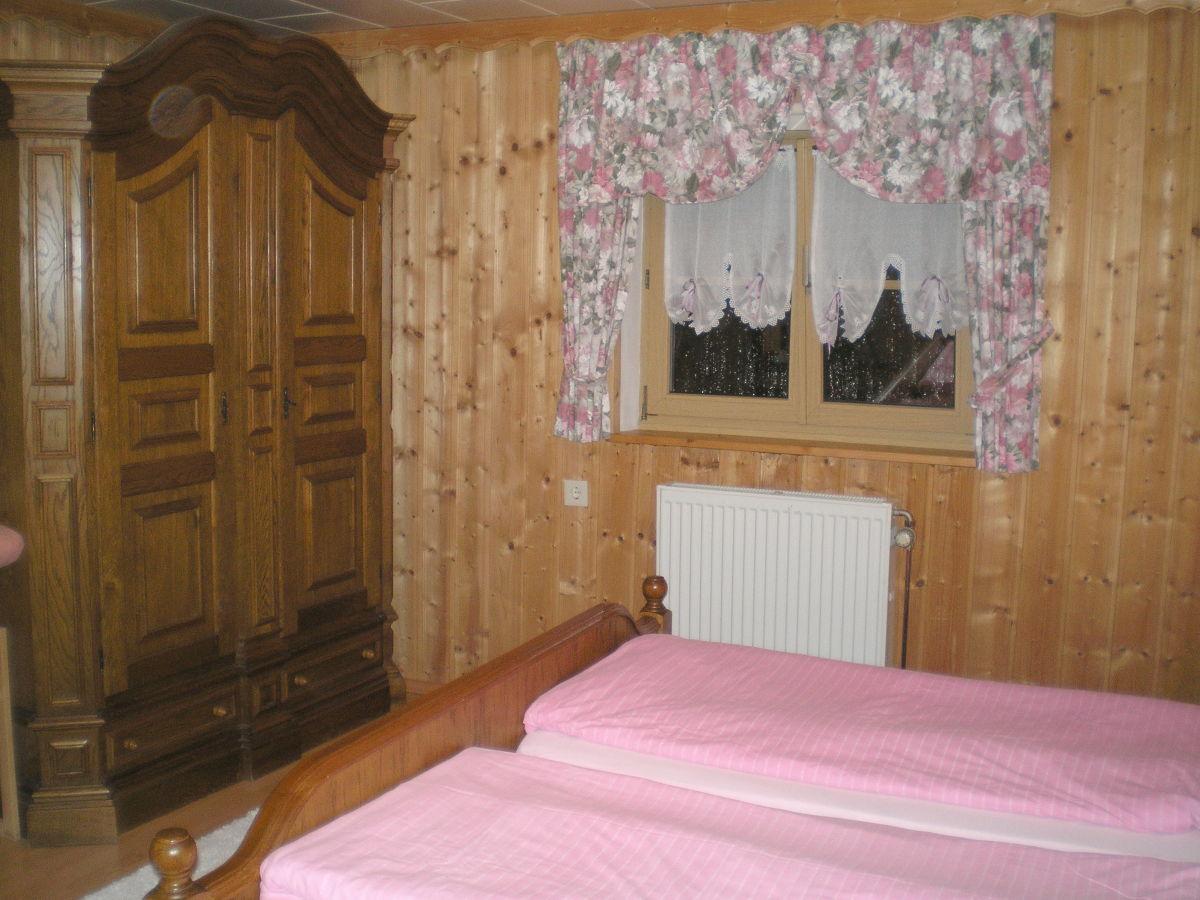 Ferienhaus haus anna neureichenau frau anita k nigsdorfer - Rustikales schlafzimmer ...