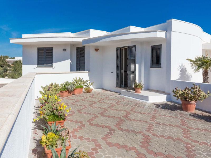 Ferienhaus Hübsches Reihenhaus mit Garten, 15 Min. zu Fuß vom Meer