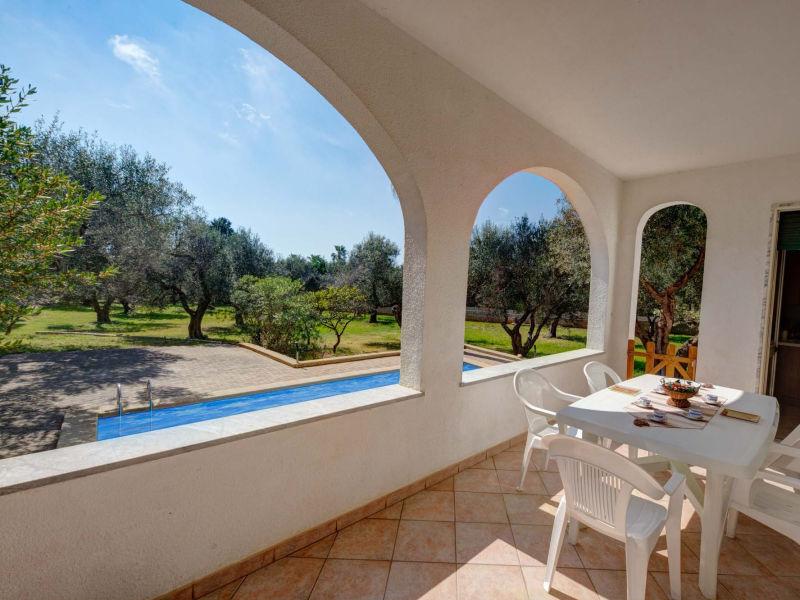 Ferienhaus Schön und ruhig mit eigenem Pool im Olivenhain