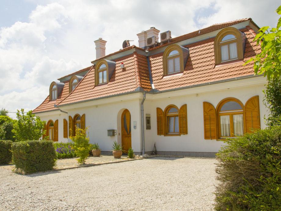 "Ferienhaus ""Kis Kastély"""