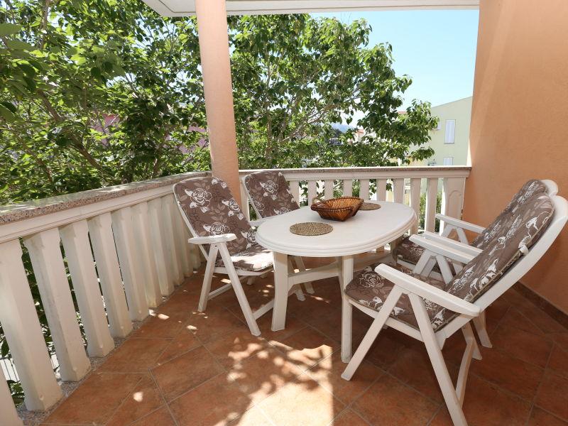 Ferienwohnung Harry mit Terrasse und in Strandnaehe