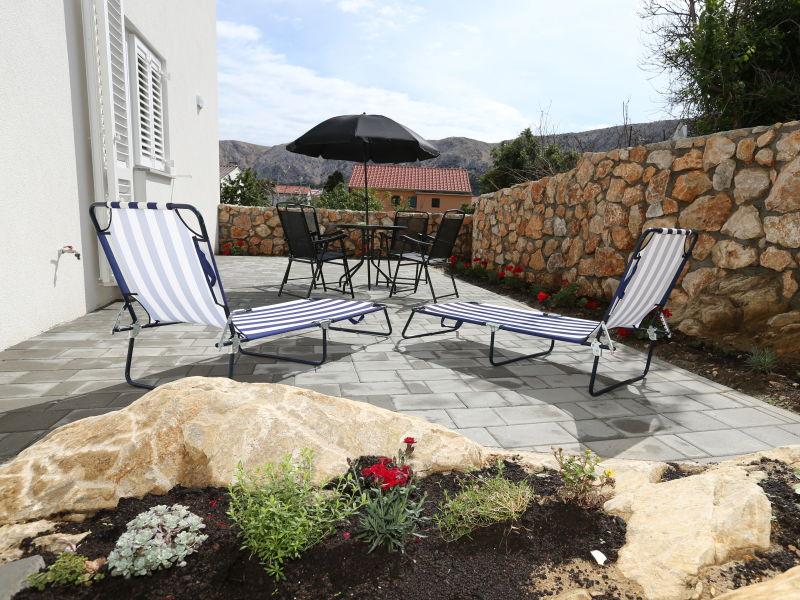 Ferienwohnung Robert mit 2 Doppelzimmern und Terrasse