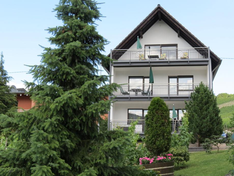 Außenaufnahme Haus Berghof Mosel