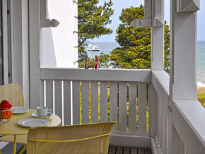 Holiday apartment Seepferdchen- Villa Freia