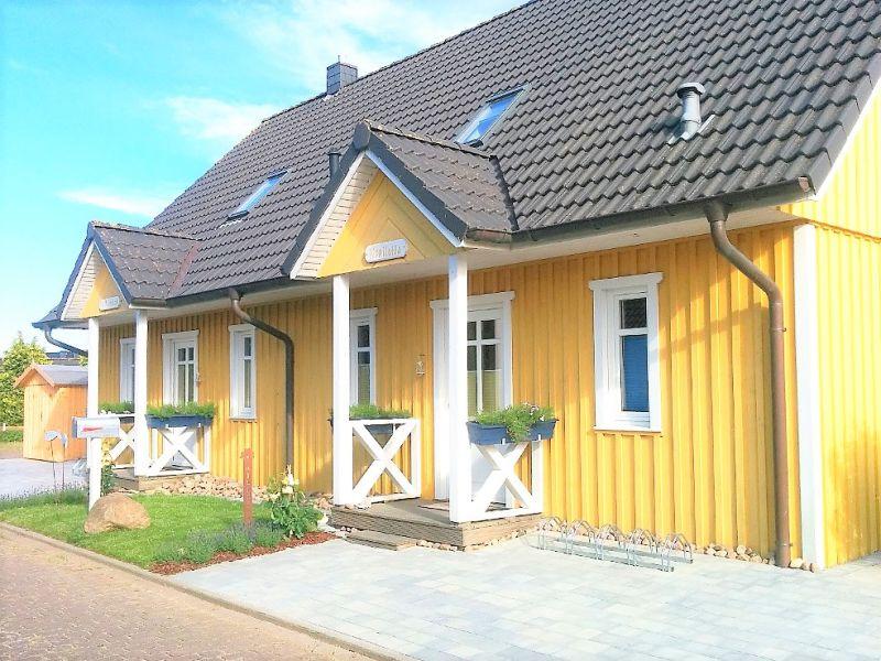"""Schwedisches Ferienhaus """"Villa Kunterbunt"""" an der Ostsee"""