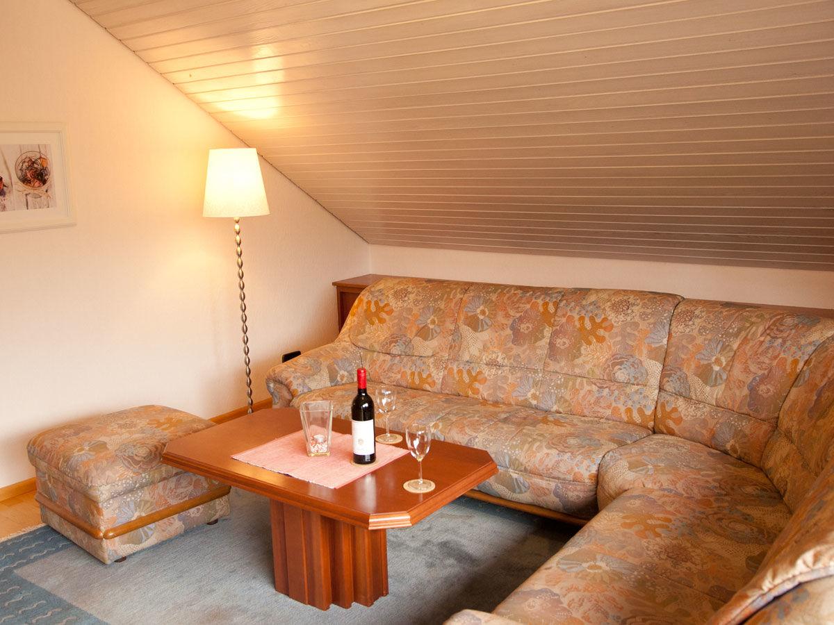 ferienwohnung mahler kaiserstuhl baden w rttemberg. Black Bedroom Furniture Sets. Home Design Ideas