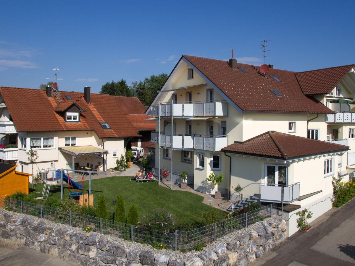 Ferienwohnung obst und ferienhof witzigmann bodensee for Haus mit garten
