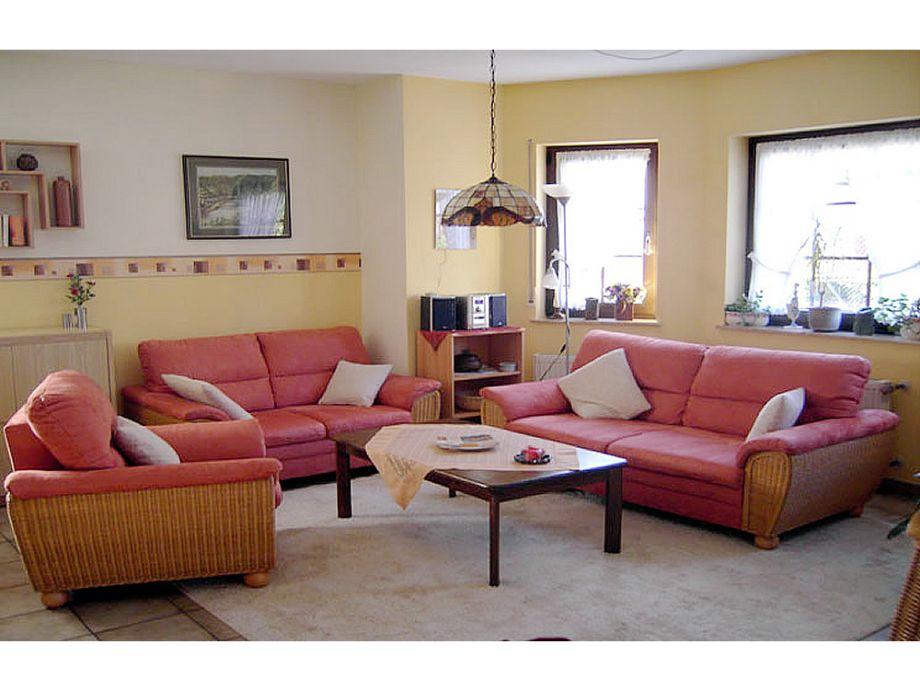 ferienwohnung lill layendecker mosel ferienland cochem frau lill layendecker. Black Bedroom Furniture Sets. Home Design Ideas