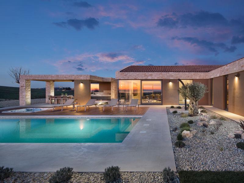 Moderne Villa Royale, in Istrien mit Pool