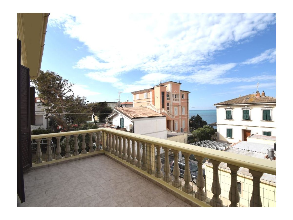 Bagno Mediterraneo San Vincenzo : Ferienwohnung villa rita san vincenzo firma agenzia