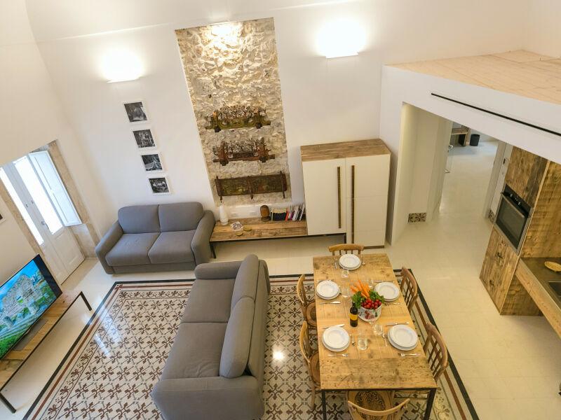 Dione Design-Apartment, zwei Schlafzimmer und Terrasse