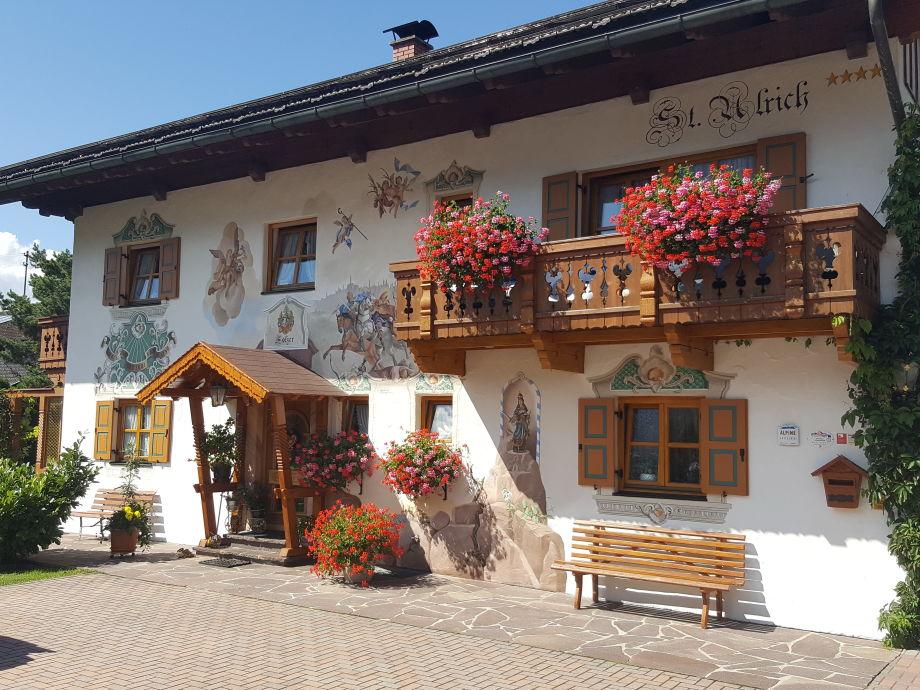 Feriendomizil St. Ulrich - Hauszugang