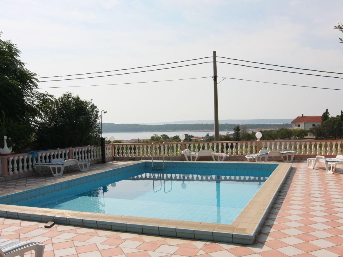 Ferienwohnung swimmingpool villa veronika auf rab insel for Swimmingpool aus plastik