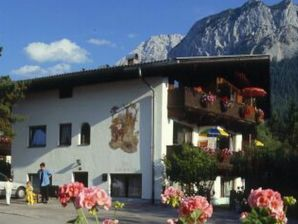 Apartment 1 - Tyrol Appartements