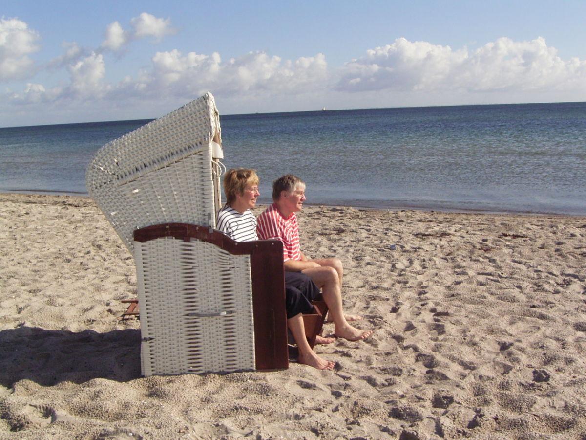 ferienwohnung ostsee strandburg kronsgaard frau ursula. Black Bedroom Furniture Sets. Home Design Ideas