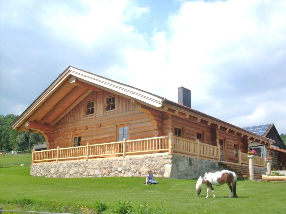 Unser Naturstammblockhaus