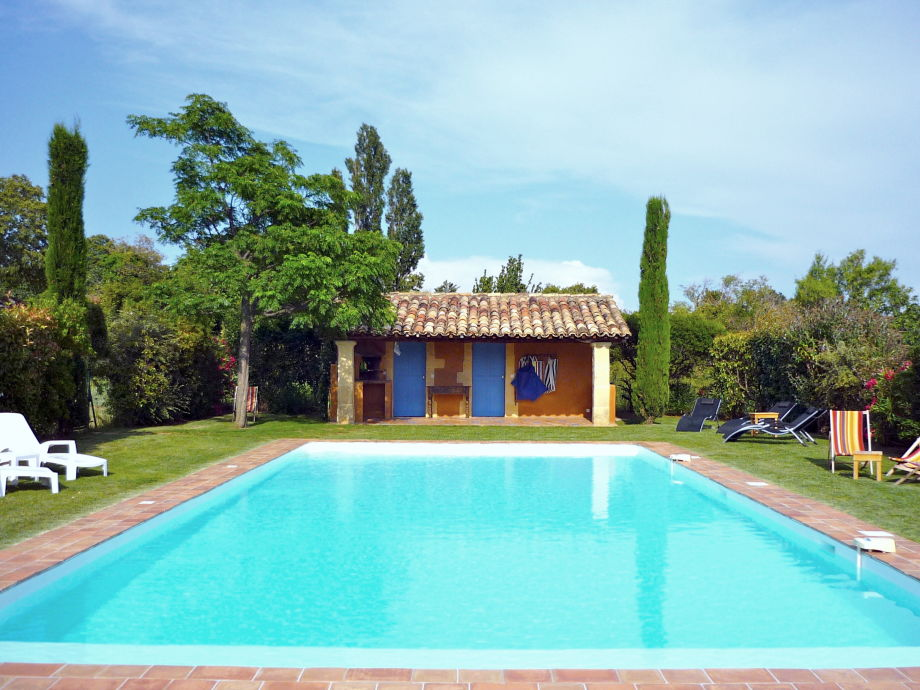 Großer Pool house with heated pool uzes ms heike vatinel jung