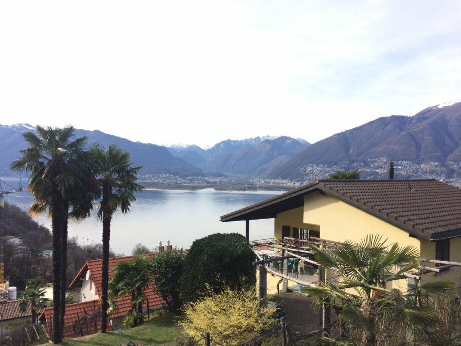 Das Casa Studer mit idyllischer Aussicht auf das Maggia
