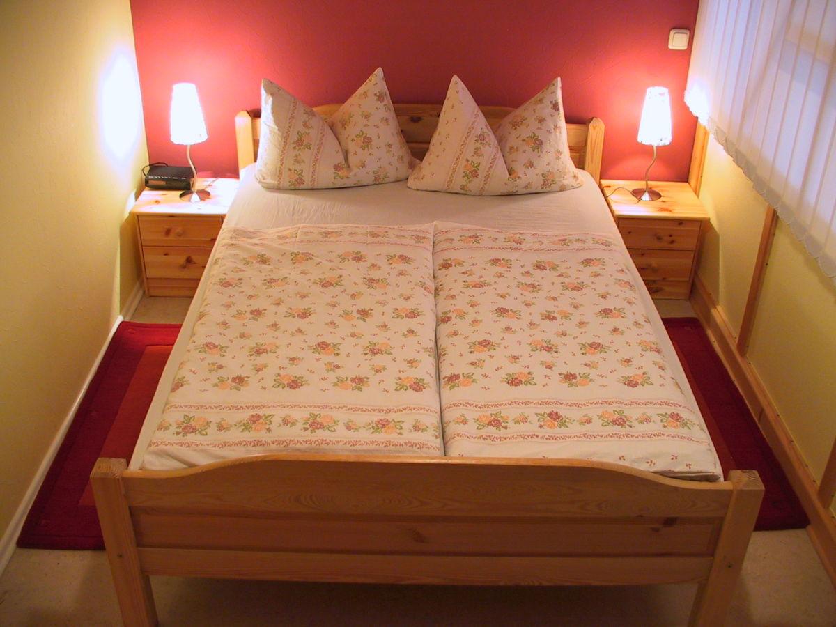 ferienwohnung b hner tann in der rh n familie lieselotte. Black Bedroom Furniture Sets. Home Design Ideas