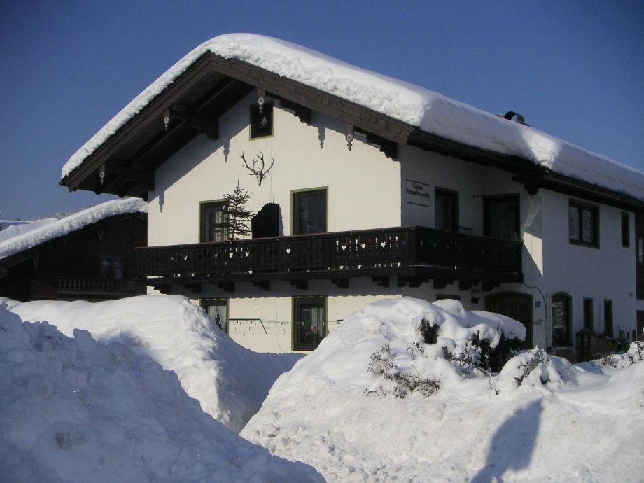 Außenaufnahme Gästehaus Familie Haslauer