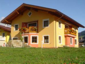 Apartment Höller -große Ferienwohnung-