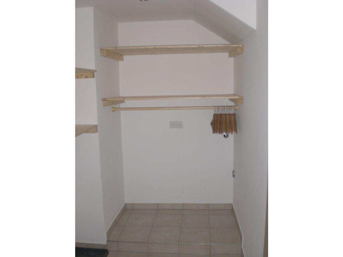 ferienwohnung portele im 1 stock garmisch partenkirchen zugspitz region familie portele. Black Bedroom Furniture Sets. Home Design Ideas