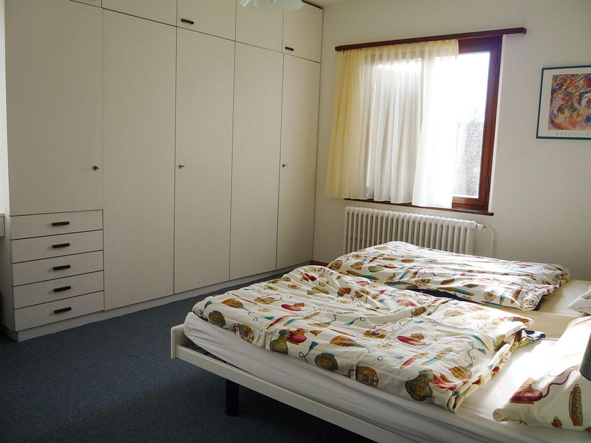 Schlafzimmer Tessin | Ferienwohnung Tessiner Haus Ascona Frau Karin Aemmer