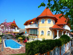 Apartment in Villa Joker
