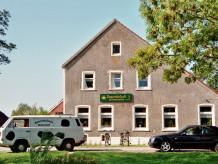 """Ferienwohnung """"Bauernhofcafe Osterwarf"""""""