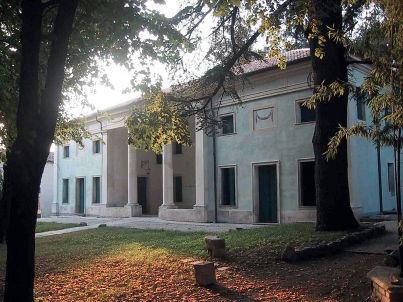 Barchessa