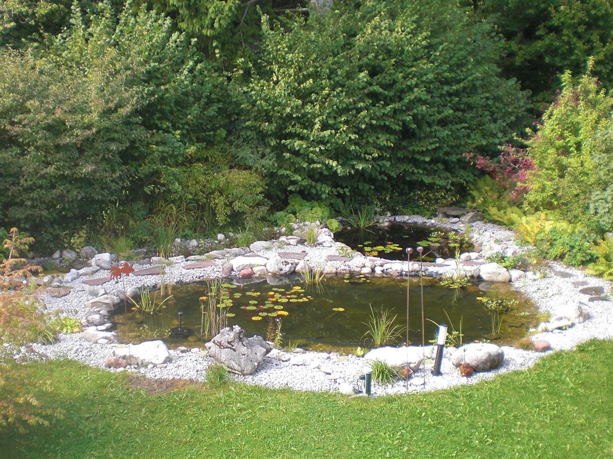 Landhaus carina dachstudio allg u f ssen frau petra st ckl for Gartenteich im winter