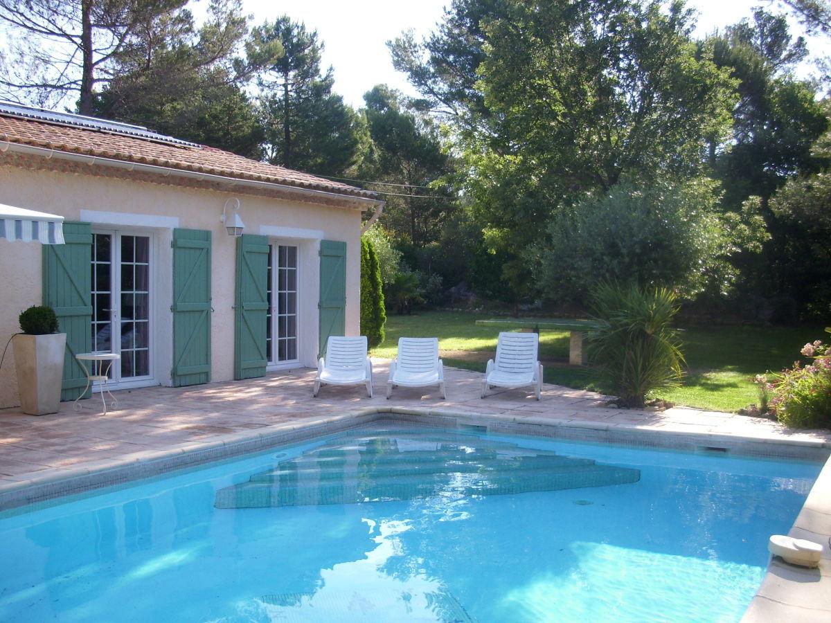 Villa beau reve provence cote d 39 azur var frau - Pool und garten ...