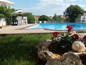 Holiday apartment UNA - Bernaca