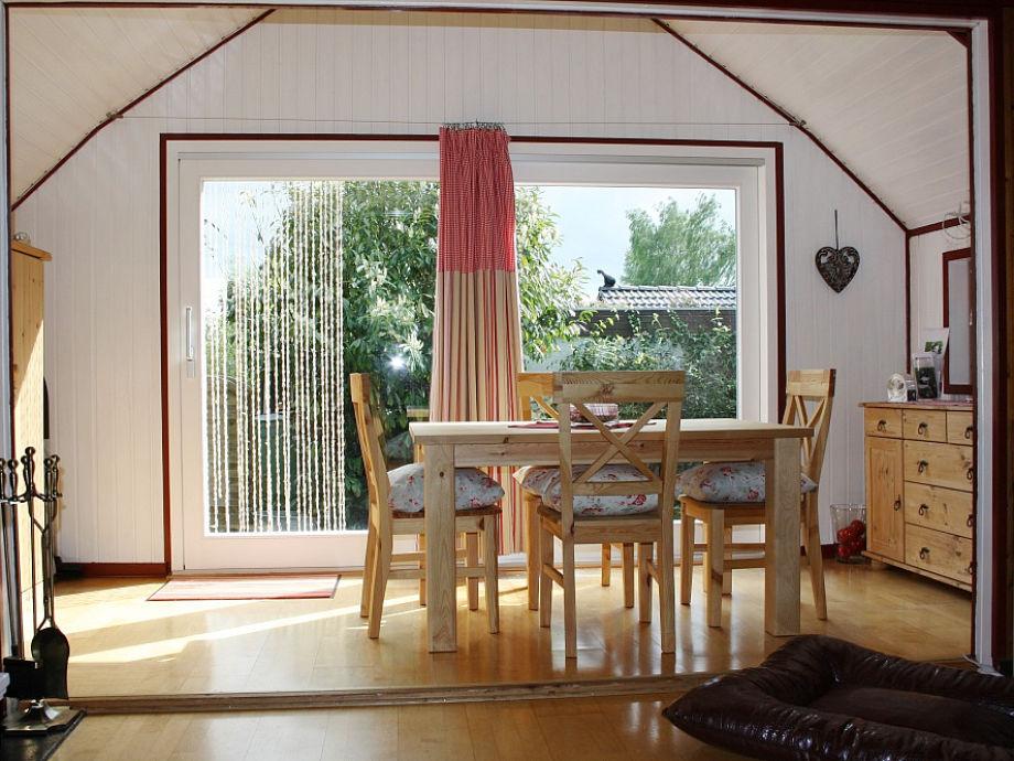 ferienhaus selenter see muus holsteinische schweiz firma ferienhaus muus familie lydia. Black Bedroom Furniture Sets. Home Design Ideas