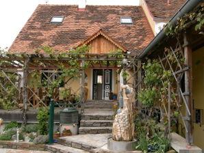 """Ferienhaus """"Haus Weissburgunder"""""""