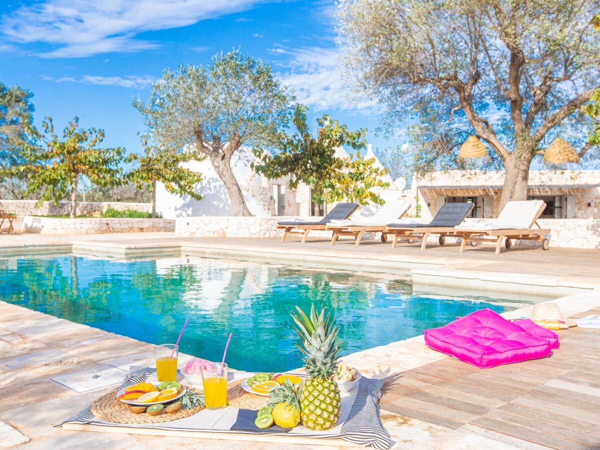 villa trullo privater pool 3 schlafzimmer, 3 bäder, meer