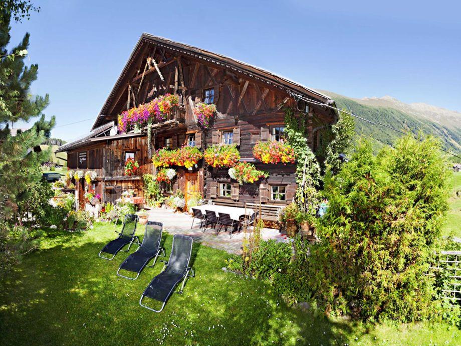 Ferienhaus Knor im Sommer