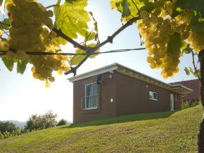 """Ferienhaus im Weingarten """"Das Nussberg"""""""