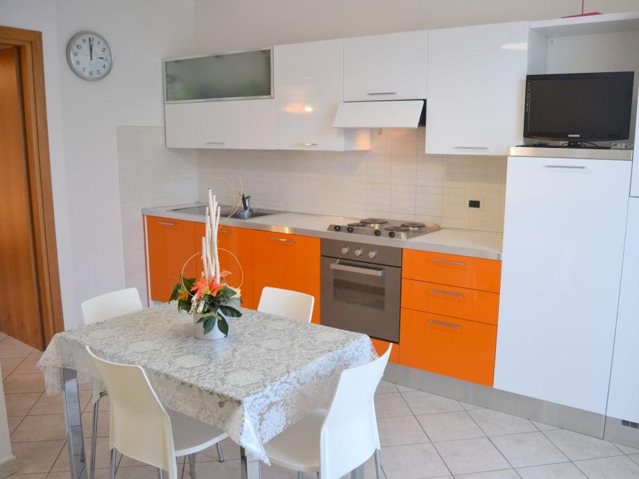 ferienwohnung in villa am meer etruskerk ste toskana firma mediterranea immobiliare frau. Black Bedroom Furniture Sets. Home Design Ideas